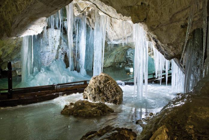 Деменівська печера
