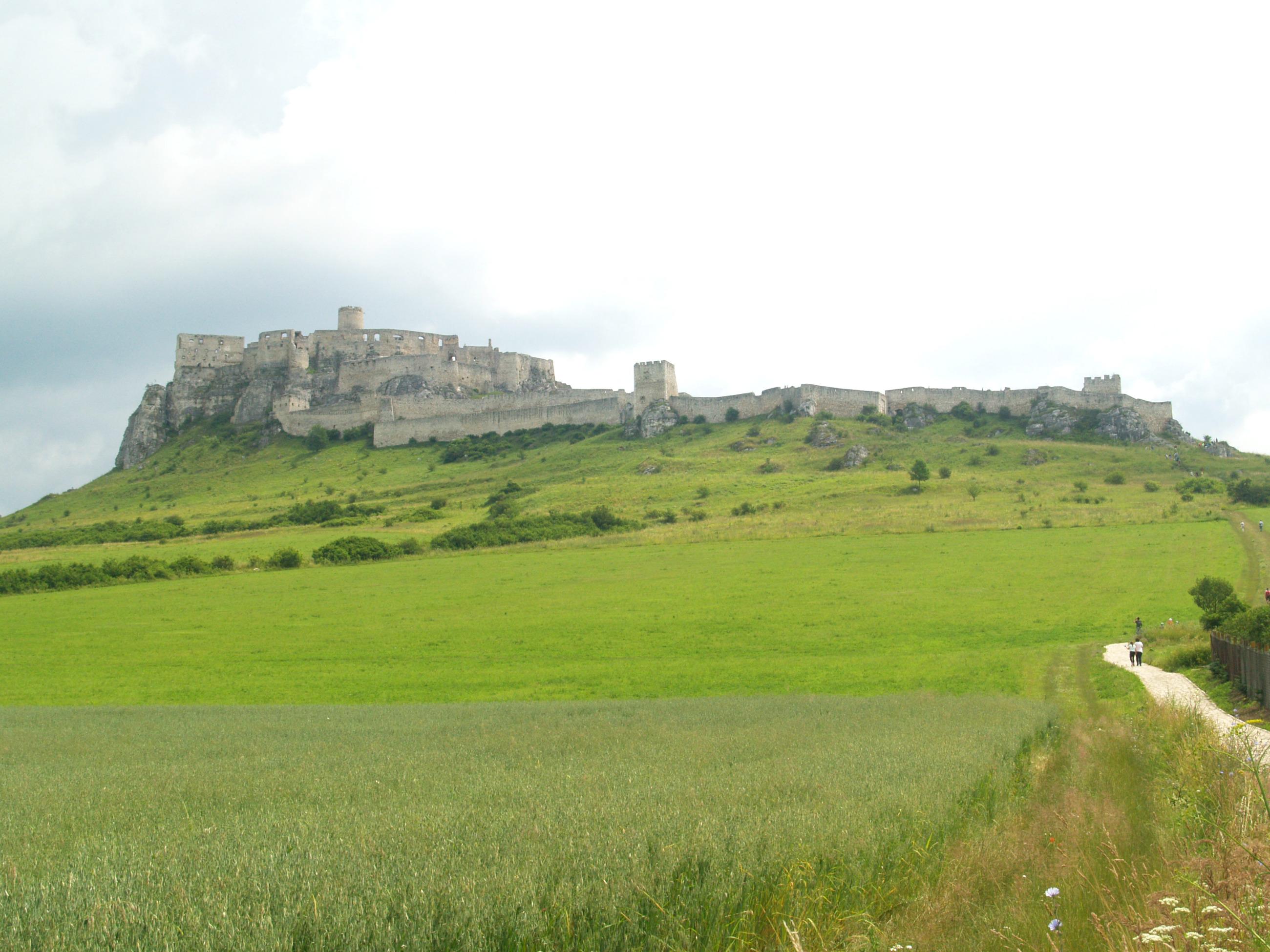 Спишський град - найбільша фортеця Словаччини