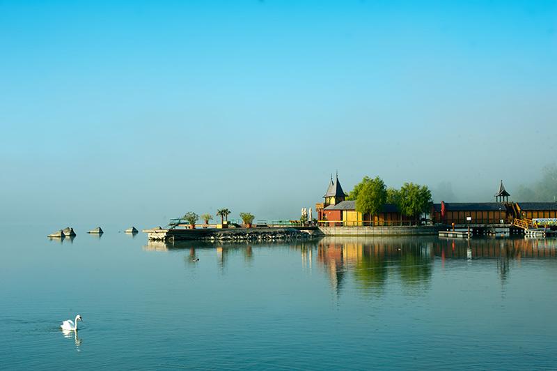 відпочинок на озері балатон