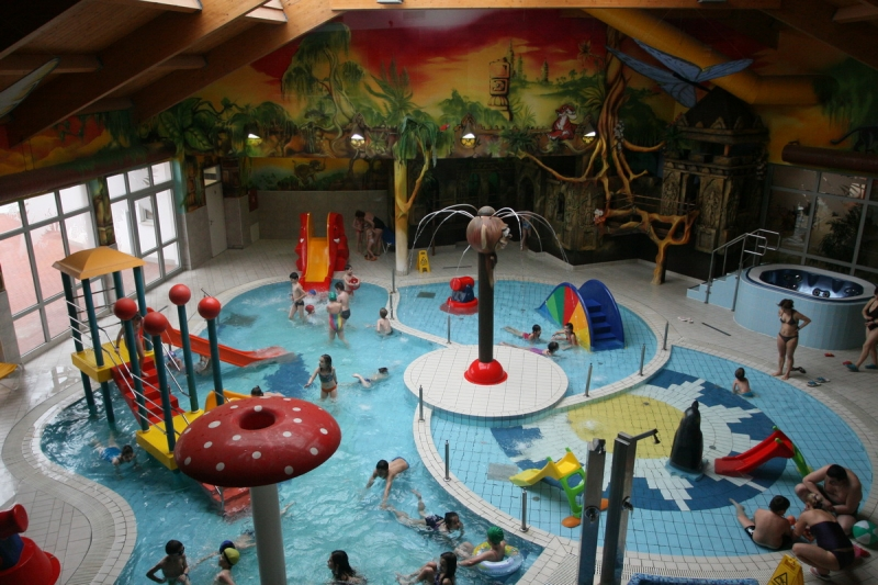 аквапарк угорщина ніредьгаза