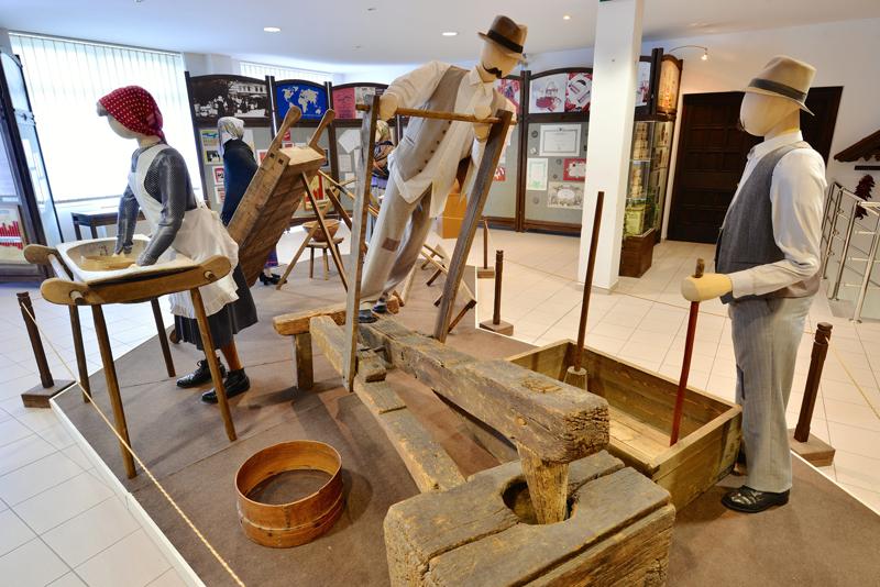експозиція музею салямі