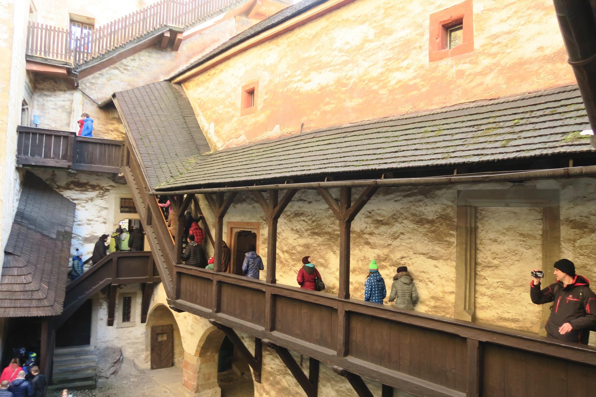 середній замок Оравського замку