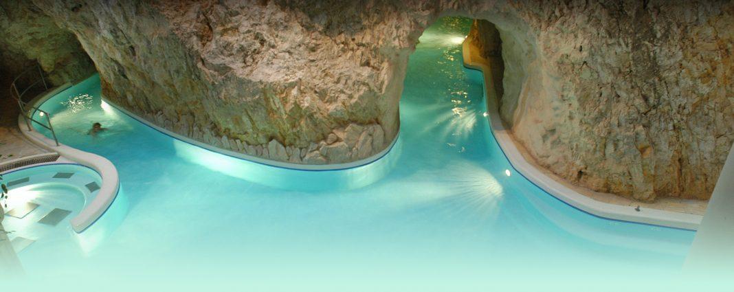 термальні басейни угорщини