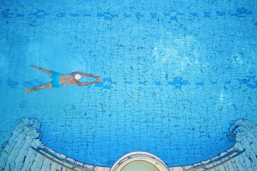 купальня лукач басейн