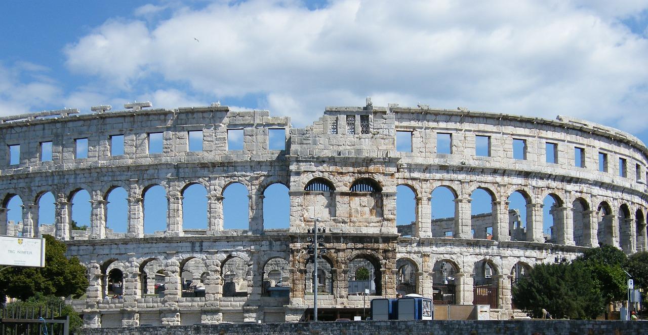 пула хорватія амфітеатр