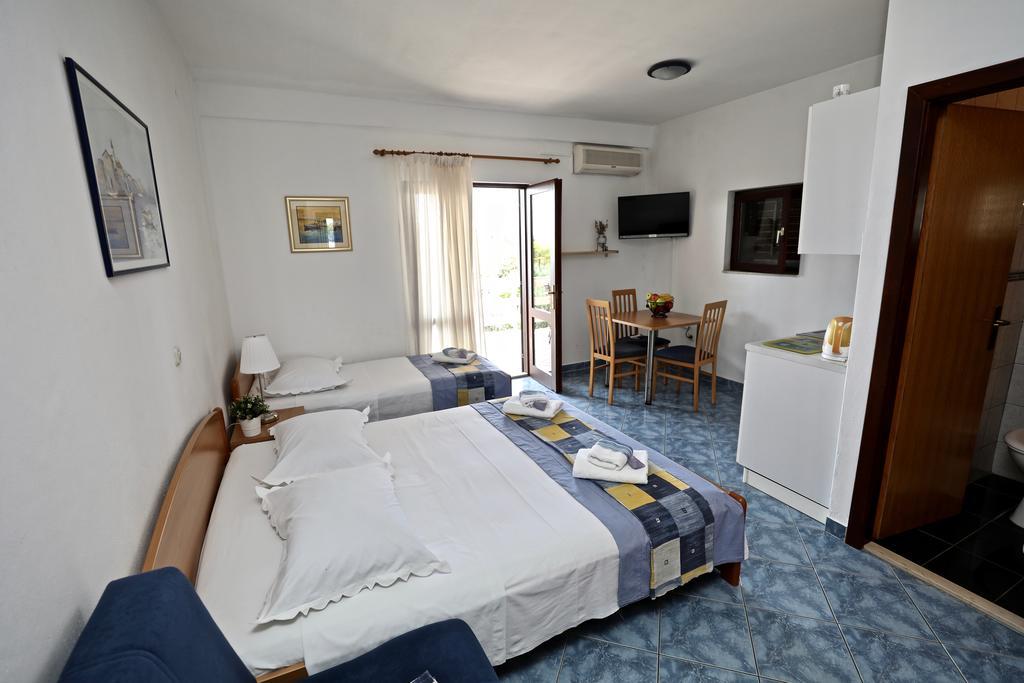 Apartments IDA Sucuraj