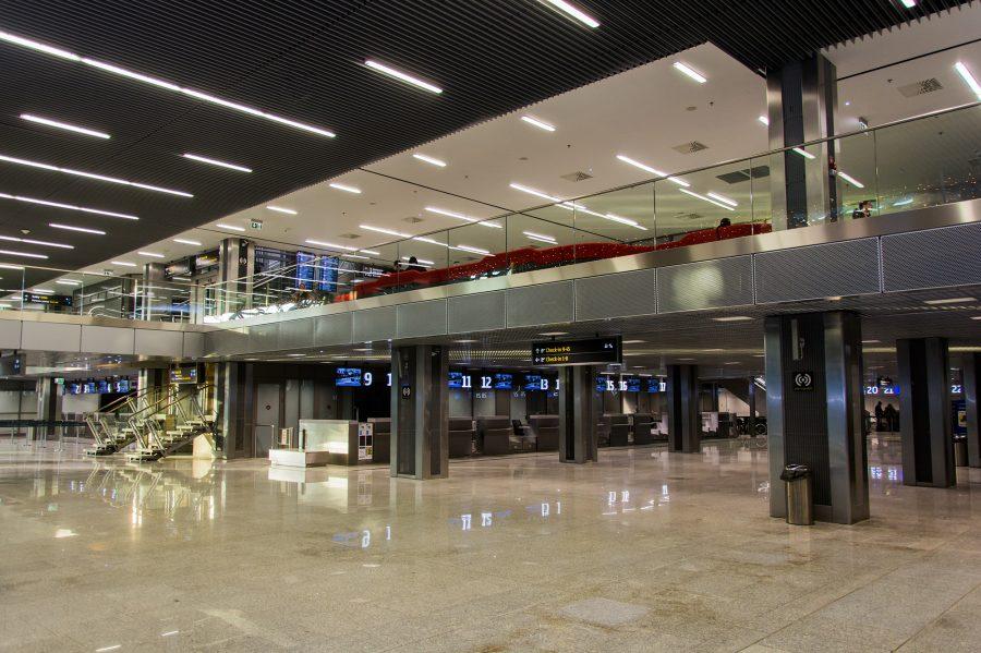 аеропорт Польща